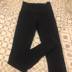 Lululemon hi-rise wonder under pant//size 4